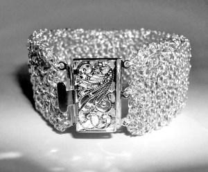 pulseira-crochc3aa-prata-1000-c-fecho-prata-filigrana-011.jpg?w=300&h=248
